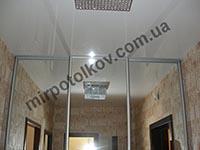 шкаф-купе с натяжным потолком