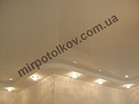 натяжной потолок в гипсокартонном коробе