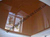 фото глянцевого потолка в кухне