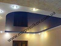 двухуровневый матово-глянцевый потолок